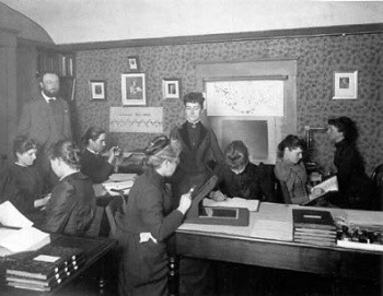 Pickering and his 'computers': Antonia Maury on his left, Williamina Paton at center, Annie J. Cannon at far right. Havard College Observatory
