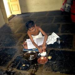 Ritual (Shrimaitreya) Tags: india god religion ritual maharashtra hindu hinduism veda bharat satara brahmin vedashala swamimuktanandavedashala