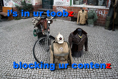 in ur toobz (Genista) Tags: uniform flickr fck protest censorship block eastberlin critique disapproval ostberlin criticize eastgerman rebuke sensure nolol thinkflickrthink
