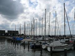 VolendamMarken053 (tjabeljan) Tags: haven holland netherlands dutch harbour paysbas marken olanda ijsselmeer volendam