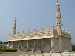 Srirangapatnum, Gol Gumbaz mosque (blob59) Tags: india tourism south islam palace mosque sultan moslem tippu mousoleum sriringapatnam fotoguia