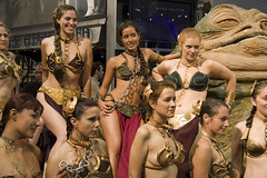 Slave Leias with Jabba (The Official Star Wars) Tags: starwars comiccon sdcc comiccon2007 sdcc07 bikinileias sandeigocomiccon slaveleias