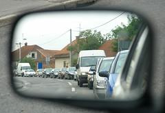 Pogled v ogledalu