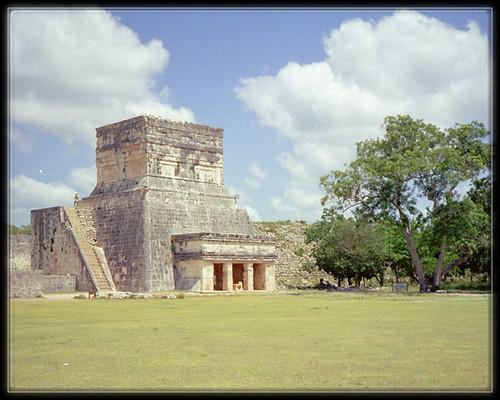 Temple des jaguars