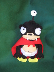 Outer space: Nibbler (elewa) Tags: toy handmade knit craft felt plush softie futurama knitted groening nibbler mordisquitos mosjuly2007