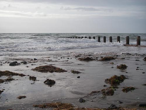 Borth: incoming tide
