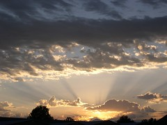 vulcanseattle2 (helioshamash) Tags: seattle clouds sunrise nikon coolpix sunbeams 4300