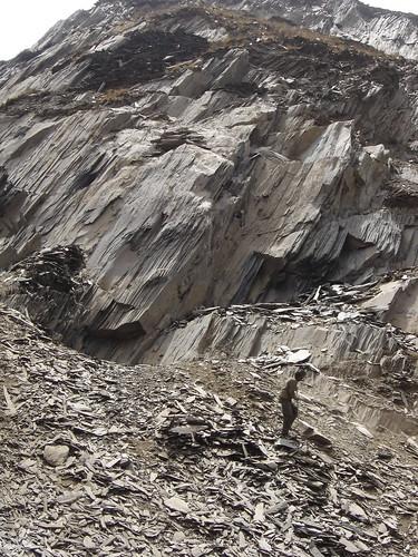 piedras filosas en los pasos del Tibet