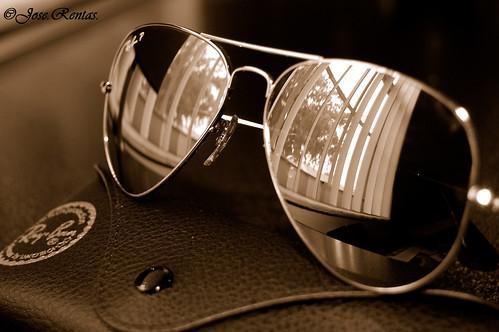 ه نظارات من ماركه راي بان - ه نظارات من ماركه راي بان 1052921879_49efd62087.jpg