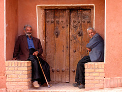 Abyaneh: A Culture Still Alive (Farhang.) Tags: life door red people face architecture iran persia abyaneh rurallife farhang isfahanprovince farhanghaghighat abyanehvillage