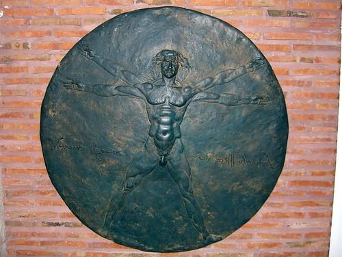 Metal Circle Man