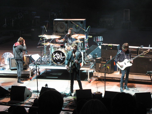 Kings of Leon, Monolith 2007