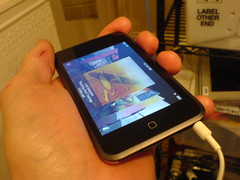 ipod touch! (evilsigntist) Tags: sf apple ipod touch wifi ledzeppelin happyhappyjoyjoy 8gig ipodtouch mooniehouse labelotherend