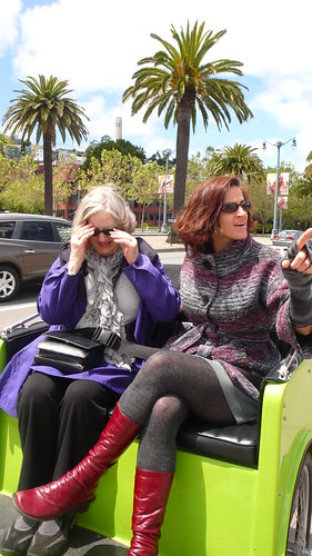 kt & mom go for pedicab ride