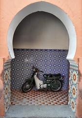 Arts & Crafts (Vv_7879) Tags: ceramica tile arch market motorbike morocco fez marocco medina mercato arco suq piastrelle majolica zellij maiolica cinquantino
