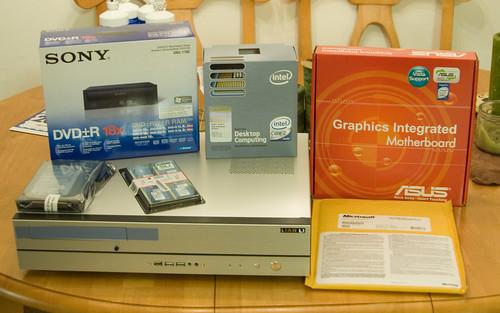 Eric Mesa Computing Lian-Li Computer
