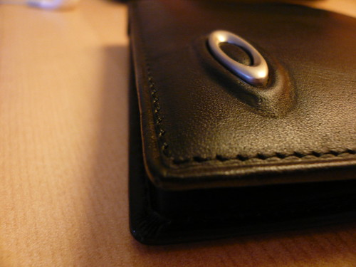 leather wallet oakley