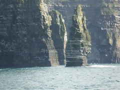 Cliffs of Moher_ire_July 9_13 2007 295 (Mig_R) Tags: county travel ireland irish cliff holiday clare doolin july eire cliffs shore rhodes moher 2007 countyclare lisdoonvarna ire