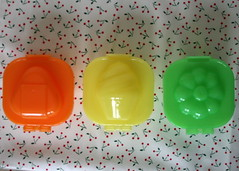 8.16.07 - Egg Moulds!