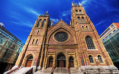 St James United Church - 1887 (David Giral | davidgiralphoto.com) Tags: canada david church saint facade james nikon downtown quebec montreal united sigma d200 1020mm eglise stjames sigma1020mm 10mm giral sigma1020 nikond200 davidgiral