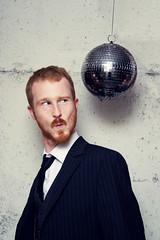 MrPanisn'tJustinTimberlake (Dwam) Tags: ginger redhead suit discoball mrpan dwam