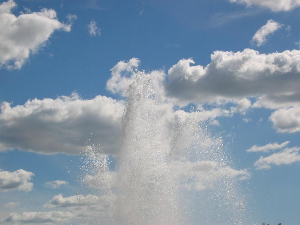 Splashing the clouds