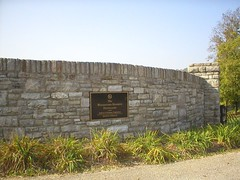 WOODFORD Gate 1