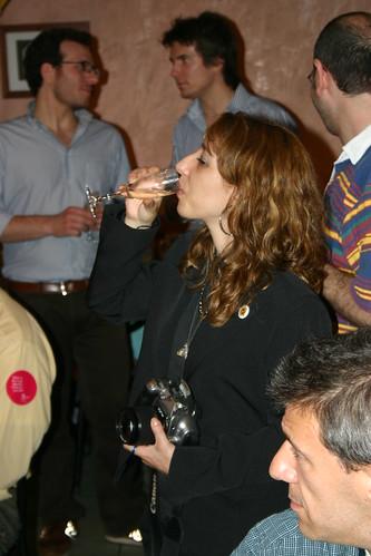 Elena Franco beve