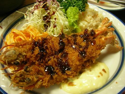 エビフライ(洋食ぱいち・浅草) Ebi-furai (Paichi, Asakusa)