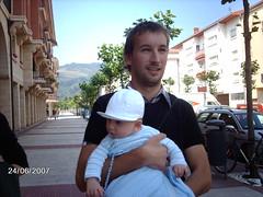 IAKI - 07/06/24 (Luis Brazo) Tags: family familia matt born bebe luis padrino tio nacimiento iaki sobrino haurra patri haur jaiotza osaba jaio iloba aitabitxi aitajauna
