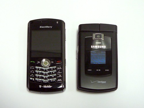 BlackBerry 8100 vs. Samsung SCH-u740 (2of3)