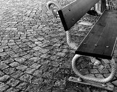 la soledad del banco-serpiente, the loneliness of the snake-bench (anabel LIA) Tags: blackandwhite blancoynegro bench prague snake banco praga explore serpiente