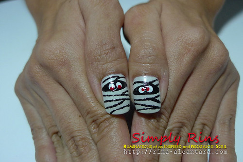Nail Art Halloween Mummies 06