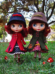 trout and twig (Super*Junk) Tags: park squirrel dolls longbeach twig blythe trout gentleriver teamsibley