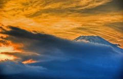 Mt. Fuji (/\ltus) Tags: sunset japan raw pentax hdr mtfuji photomatix 1xp r1hdr k10d