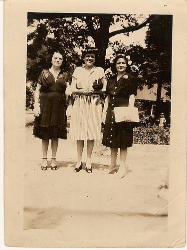 Pat Witt Stroud, Mamie Auline Wittt Albea, Gladys Witt Fellows