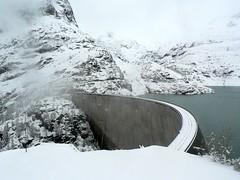 Barrage de Emosson at top of Minifunicular at Parc d'Attractions du Châtelard VS SA (wimbledonian) Tags: snow train switzerland du parc barrage funicular emosson dattractions châtelard