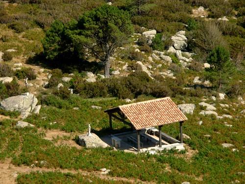 Retour à Bitalza : Christ, Vierge et chapelle champêtres