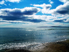 Garretstown Beach (silyld) Tags: ireland sea sky irish seascape beach sunshine shine cork garretstown glimmer corcaigh