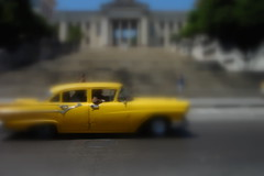2007-05 C.U.B.A. 124 (blogmulo) Tags: road street motion car yellow stairs university dof havana cuba blurred amarillo coche universidad carro oldcar habana blogmulo