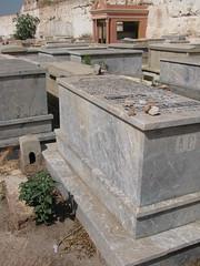 Cimitero ebraico, Marrakech, Marocco. (B Plessi) Tags: cemetery grave maroc marocco marrakech jew tombe cimitero cimetire juif ebraico