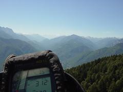Flug Richtung Maggiatal (andristoffel) Tags: locarno paragliding cimetta cardada