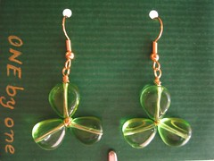 Clovers (ONE by one) Tags: handmade swap earrings sent clovers pendientes aretes treboles enecomplements