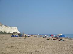 La spiaggia nudista tra Capo Bianco e