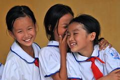 Vietnam, hanoi, visiteur du mausolée d'Ho Chi Minh le liberateur du pays (michelrenaudeau) Tags: asia country vietnam mausoleum asie hanoi pays schoolboy mausolée mausolee ecolier