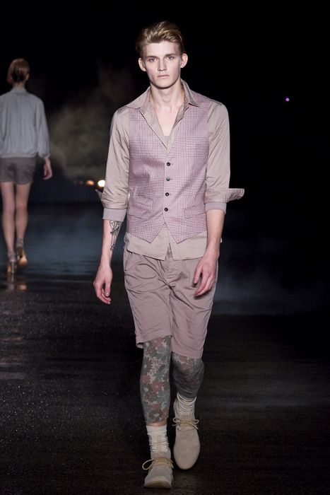 Charlie Westerberg3440_SS11_Tokyo_Davit MEURSAULT(Fashionsnap)