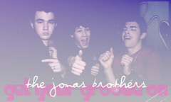 the jonas brothers get your groove on (hellobeautifulfs4) Tags: hello beautiful brothers 4 jonas hbf fansite