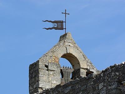 chapelle sur la colline.jpg