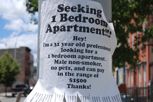Apt Wanted Sign