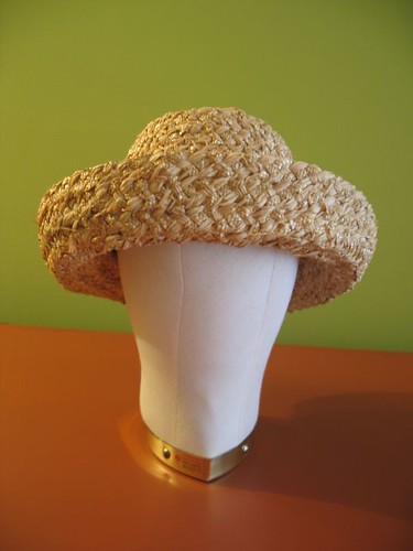 Straw braid hat body